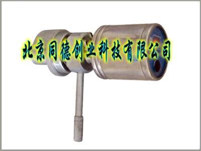 采用电阻式压力传感器,电子电路,电池一体化设计,可在井下长期使用