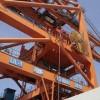 龙门塔吊除锈刷防腐油漆、龙门吊车除锈刷油漆防腐