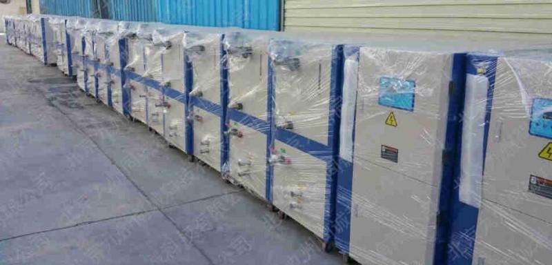 水冷式冷水机,北京冷水机压缩机卸载降压启动,启动电流小.   4.