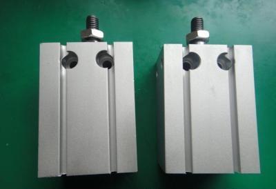 4)嵌入式气缸 气缸缸筒直接制作在夹具体内.图片