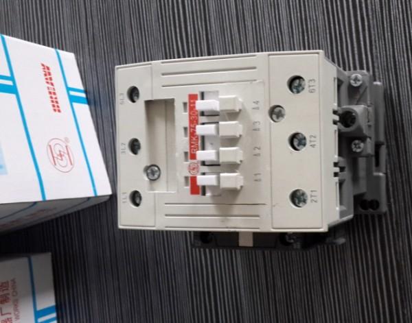 rmk系列交流接触器执行下列标准   iec60947-4-1 《低压开关设备和